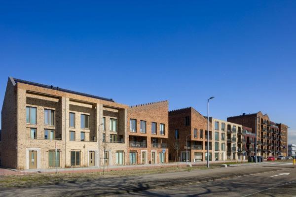 De wijk Het Gemaalhuis is een kleinschalige nieuwe buurt en kent een rijke detaillering