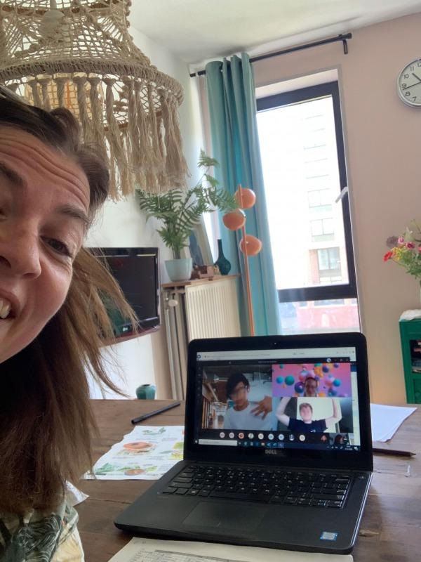 Tessa Bohan geeft online les